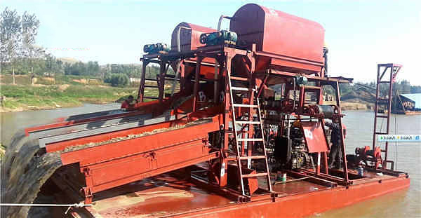 Dual_Suction_Gold_Dredger _Beijing_HOT_Mining_Tech_Co_Ltd_06