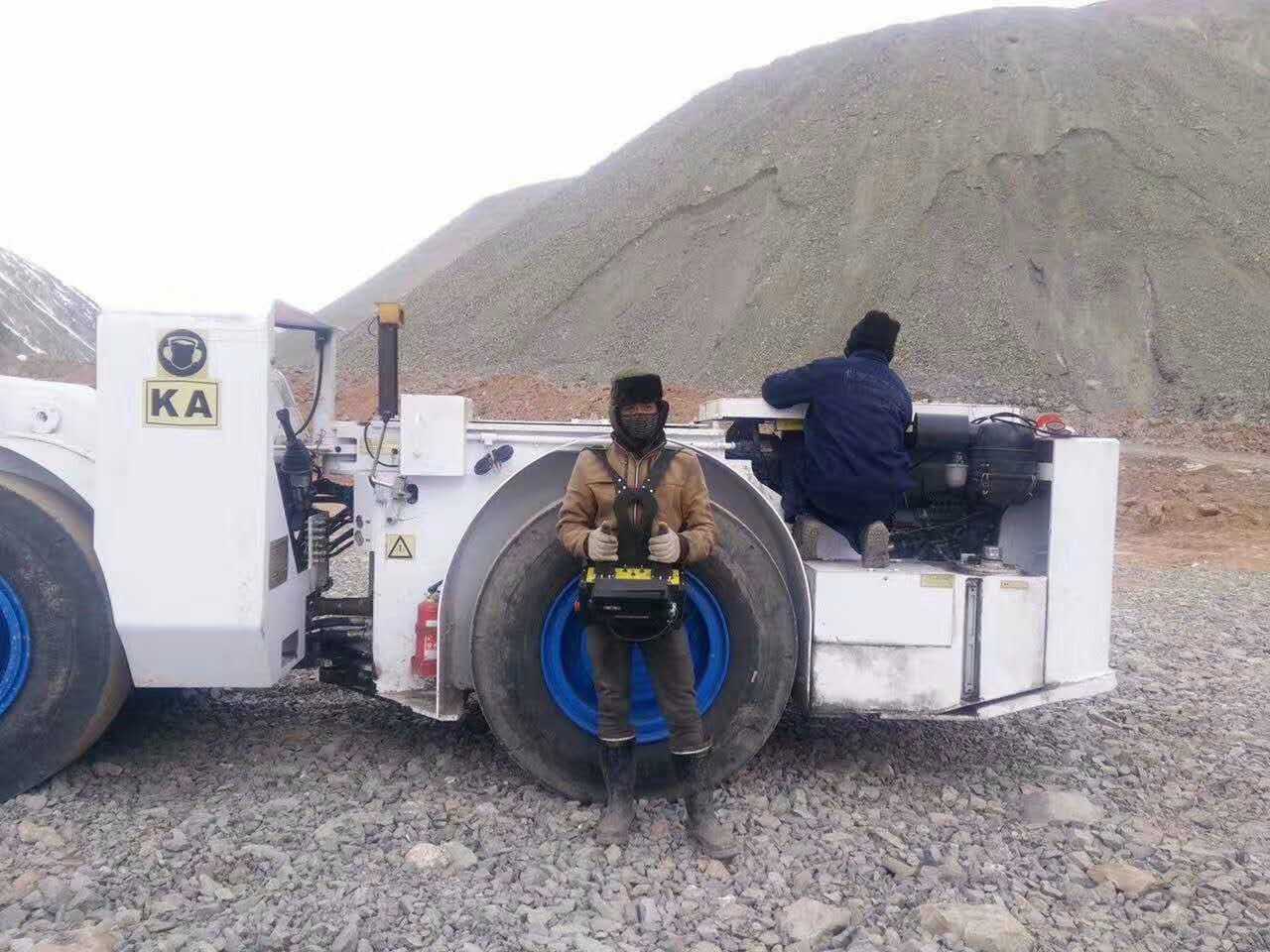 Remote control mining equioment_radio remote _control system__LHD loader_line of sight_underground mining_loader_HOT Mining_kyle3